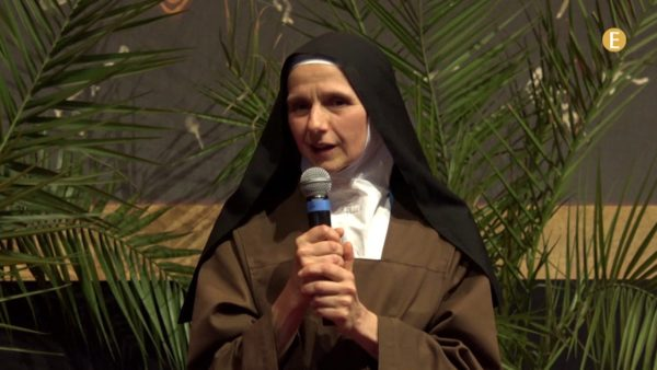 Réussir à aimer les autres tels qu'ils sont – Témoignage d'une carmélite sœur Véronique