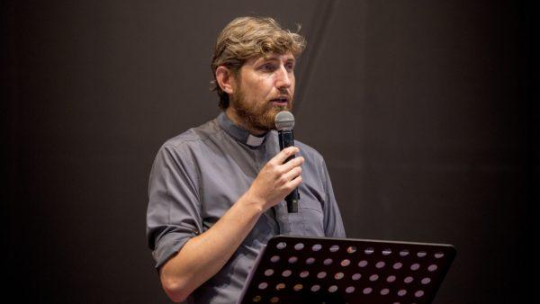 « Voyant leur foi, il les guérit » – Père Benoît Guédas