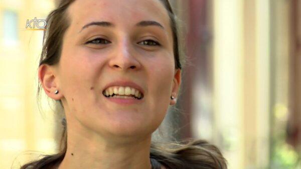 Mélanie : « J'ai toujours gardé la tradition de la petite crèche au pied du sapin »
